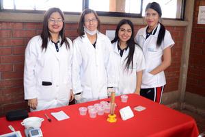 27022016 Isabel, Karina, Estefanía y Vanessa.