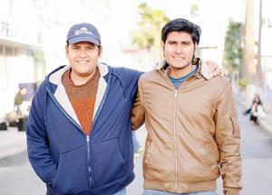 27022016 BUENOS AMIGOS.  David e Iván.