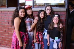 27022016 Astrid, Leydy, Alondra, Sabrina y Leonora.