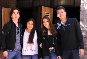 28022016 Rodrigo, Luisa, Valeria y Luis.