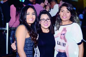 29022016 DIVERTIDA NOCHE.  Aby, Morelia y Valeria.