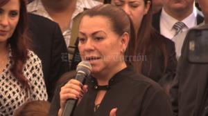 La senadora e hija del empresario, Leticia Herrera, agradeció las muestras de solidaridad del contingente.