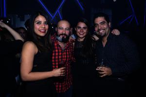 Alejandra, Christian, María y Christian