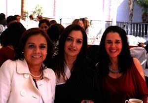 Adelina, Nena y Bety