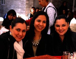 Toni, Marcela y Lizeth