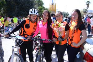 04032016 Lidia, Fernanda, Alejandra y Ana Paula.