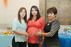 06032016 BABY SHOWER.  Cynthia Díaz Reza con las organizadoras de su fiesta de canastilla.