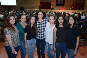 08032016 Nancy, Iraida, Valeria, Carolina, Lorena, Carmen y Marycarmen.