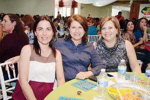08032016 Gloria, Gaby y Ana.