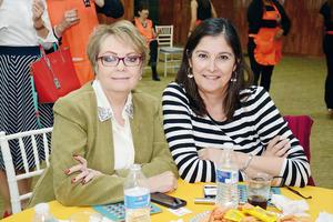 08032016 Rebeca y Carmen.