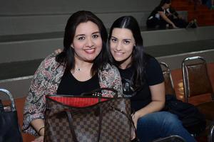 08032016 Gina y Mariana.