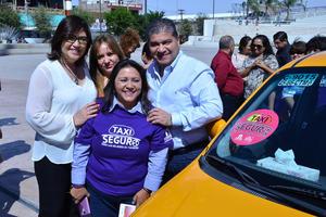 Para la directora del Instituto Municipal de la Mujer de Torreón es importante eliminar estereotipos y roles en los que se le atribuyen a la mujer actividades como el cuidado de los hijos, el hogar o trabajos tradicionales.