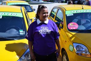 El servicio se podrá solicitar a través de una aplicación para celular denominada Taxis Laguna, así como al teléfono 7202020.