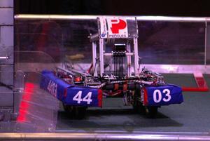 La construcción de los robots cuenta con el apoyo de Peñoles.
