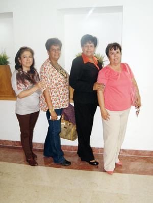 14032016 POSAN PARA LA FOTO.  Rosy Pérez, Mayela Nava, María Elena Basurto y Berenice Castillo.