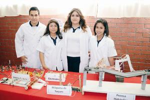 15032016 COMPARTEN SUS CONOCIMIENTOS.  Josué, Mayra, Mónica y Diana.