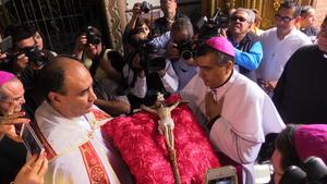 No sólo fue presentado ante la feligresía y las autoridades civiles y eclesiásticas, sino que fue recibido dentro de una completa festividad.