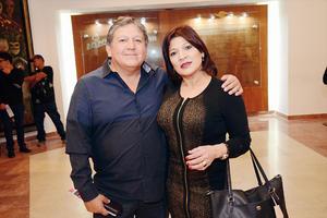 17032016 EN PAREJA.  Ricardo y Cristina.