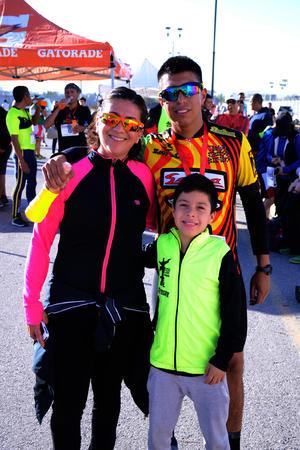Leticia, Ricardo y Erick