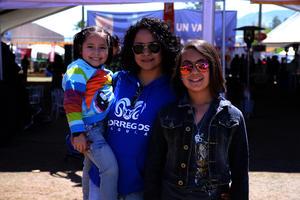 Renata, Mary y Nayla