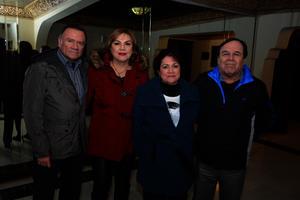 Ricardo, Georgina, Elsa y Enrique