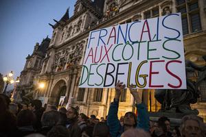 También en París marcharon en apoyo a Bruselas y en rechazo al terrorismo.