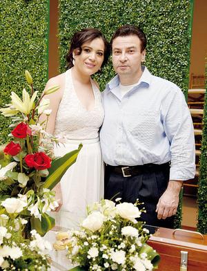 20032016 Idalia Hernández y Frank Strohbach se encuentran muy entusiasmados por la nueva etapa que están por comenzar.