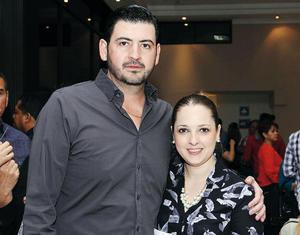 21032016 EN PAREJA.  Ricardo y Sofía.