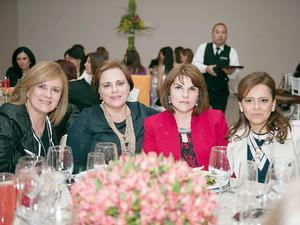 20032016 EN RECIENTE FESTEJO.  Nina, Cecilia, Lily y Sandra.