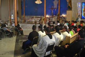 La misa Crismal se llevó a cabo en la Parroquia de San José. Inició a las 10 de la mañana y terminó al mediodía.