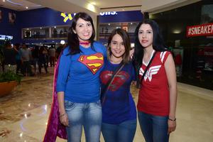 25032016 Ana, Angie y Yuri.