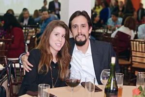 25032016 EN PAREJA.  Laura y Carlos.