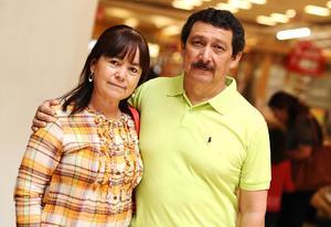 25032016 Vicky y Fernando.