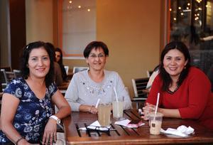 26032016 María Esther, Maru y Blanca.