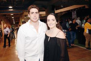 27032016 DE PASEO.  Alejandro y María Fernanda.