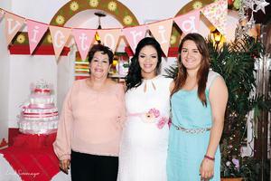 27032016 Sra. de Batres y Andrea Cabello fueron las anfitrionas de esta tierna fiesta de canastilla.