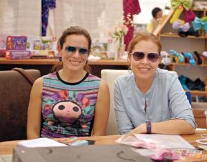 27032016 MUY GUAPAS.  Paty y Erika.