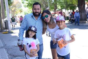31032016 Juan José y Paola.