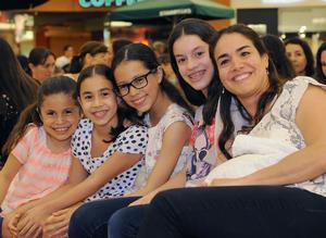 01042016 María, Paulina, Andrea, Mary Sofi y Gaby.