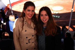 Tiffany y Larissa