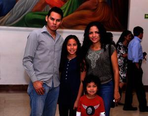 Leoner, Estrella, Zelda y Junior