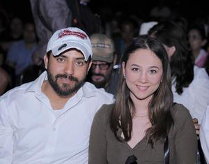 02042016 Manuel y Karla.