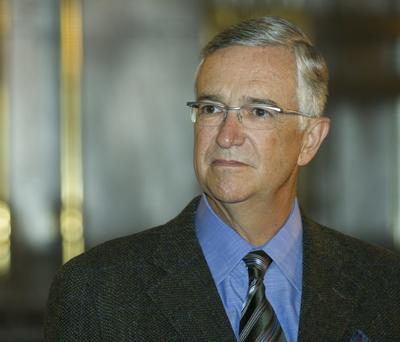 Ricardo Salinas Pliego, presidente de TV Azteca y titular de Banco Azteca. Se habría valido de una empresa 'offshore' para adquirir bienes en las Islas Vírgenes.
