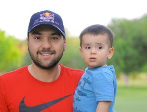 03042016 Mauricio y Mauricio junior.