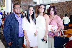 03042016 EN EMOTIVA CEREMONIA.  Jorge, Salma, Alma y Maricruz.