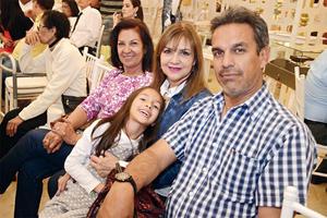 03042016 Silvia, Malena, Ximena y Rafael.