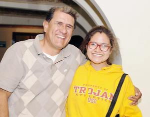 03042016 FELICES.  Pedro Luis y María.