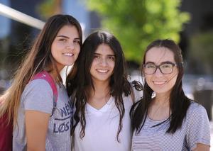 04042016 Ana Paula, Pamela y Blanca.