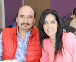 06042016 José Luis y Aracely.