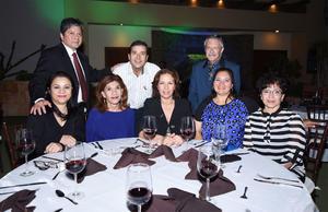 11042016 Sohanie, Carolina, Teo, Sara, María de Jesús, Óscar Antonio y Heriberto.